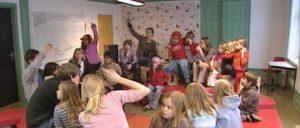Saksmøte. Privat barneskole i Oslo. Demokratisk barneskole i Oslo. Skole for nysgjerrighet, lærelyst og livsglede.